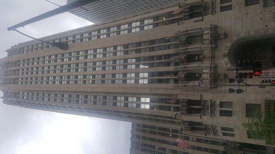 Hilton Chicago/Magnificent Mile Suites: 20170821_175109_large.jpg
