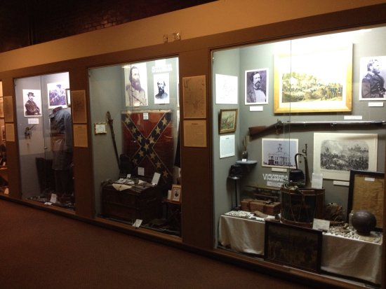 Old Bardstown Village Civil War Museum: Huge collection of rare artifacts....