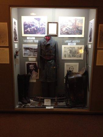 Old Bardstown Village Civil War Museum: Fascinating displays....
