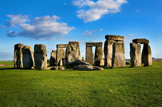 Private Stonehenge, Woodhenge...