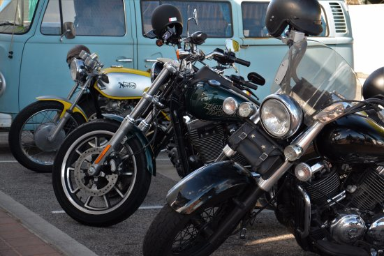 Blue Vue Cafe: Friendly for bikers too !