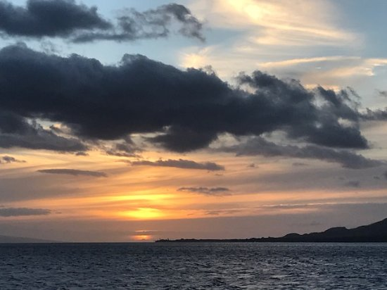 Maalaea, Hawái: Maui sunset aboard the Alii Nui