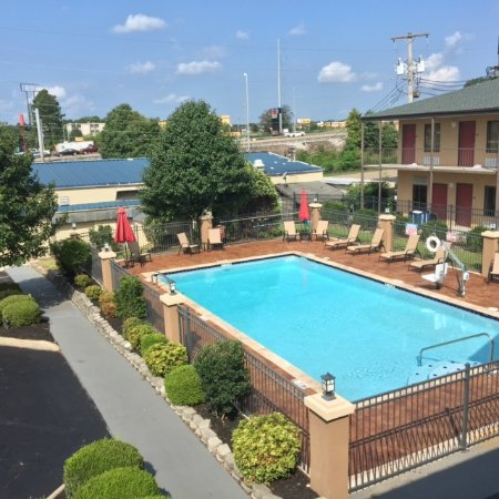 Best Western Carriage House Inn & Suites Photo