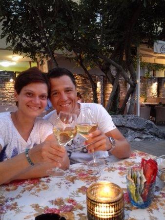 Gardens Club & Restaurant : Brindisi al Gardens