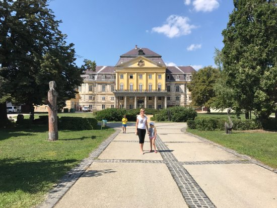 Dr. Batthyány-Strattmann László Múzeum