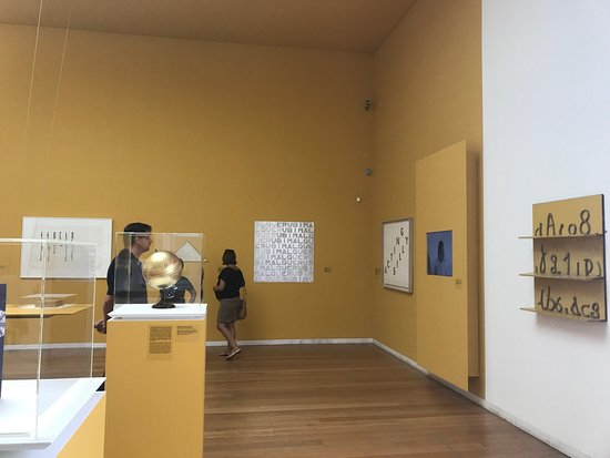 Serralves: photo6.jpg