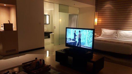 โรงแรมพัดม่า บันดุง: 20170816_191613_large.jpg