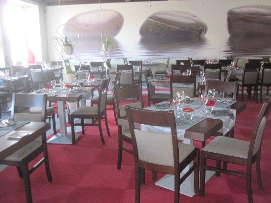 Rieupeyroux, Γαλλία: la salle à manger