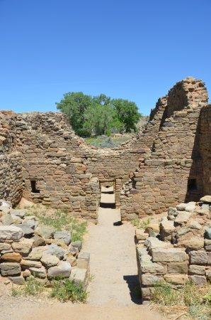 Aztec, NM: ruins