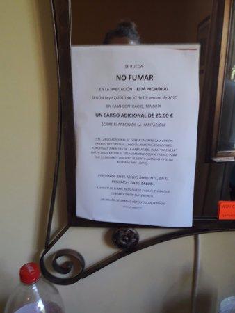 Hotel El Paso : Este mensaje tan agradable y acogedor esta en todos lados