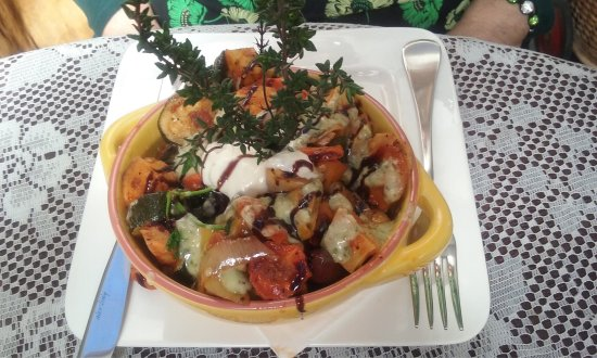 Amazing Delicious Roast Vegetable Salad And Sweet Potato Coriander Interior Design Ideas Apansoteloinfo