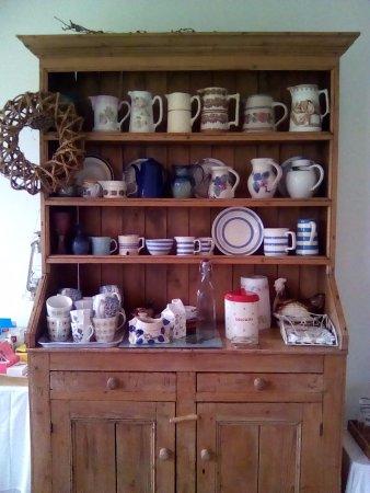 Joyce's Marian Villa Guesthouse: Уютная чайная комната