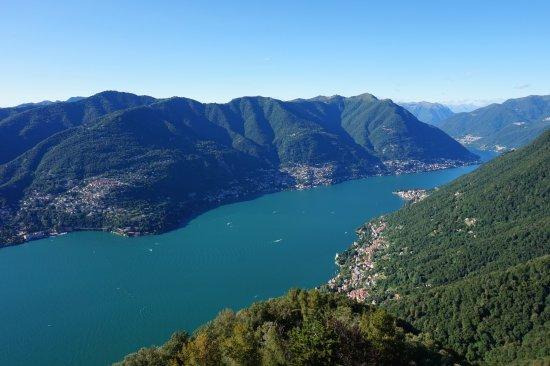 Brunate, Italië: Vue depuis le Faro Voltiano