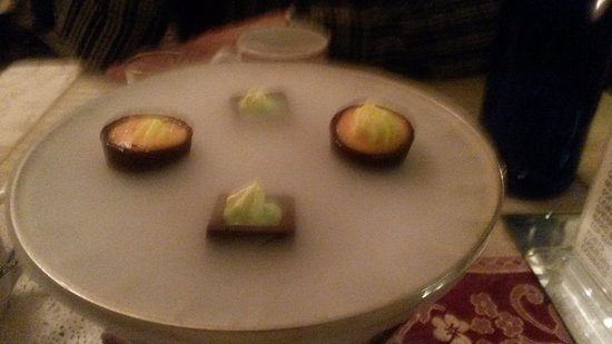Aegean Waters: The special chocolates we were served with our coffee