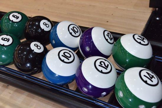 Болтон, UK: Bowling balls