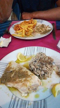 Restaurant Le mareyeur dans Royan avec cuisine Fruits de ...
