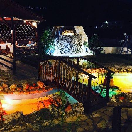 Persas Taverna