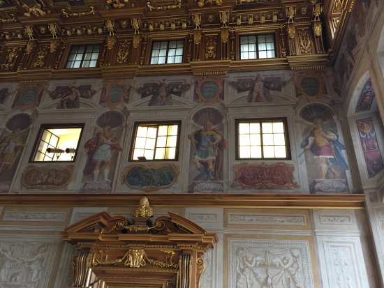 Augsburger Rathaus: one of the walls of the gold room