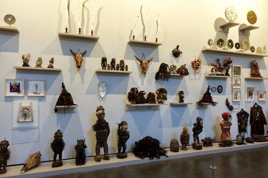 les Abattoirs: Daniel Spoerri items