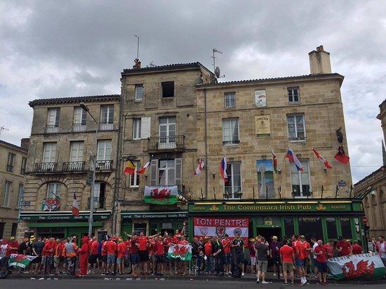 Pub Crawl Bordeaux