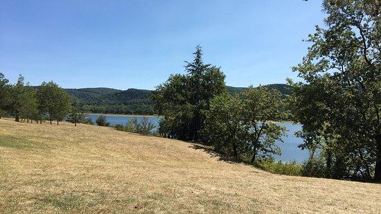 Lac de Saint-Ferréol: photo0.jpg