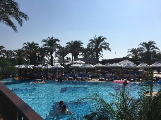Sunis Kumkoy Resort Hotel