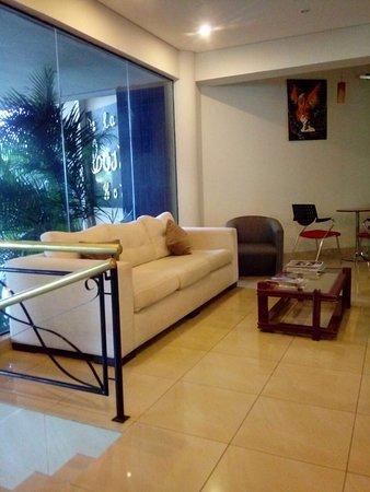 De la costa hotel encarnacion paraguay opiniones y for Hotel luxsur encarnacion