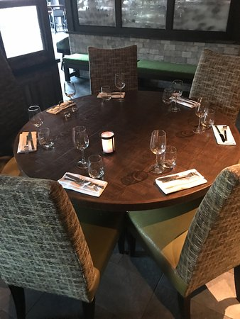 Table Setting Simple Comfortable Chairs Picture Of City Perch Kitchen Bar Dobbs Ferry Tripadvisor