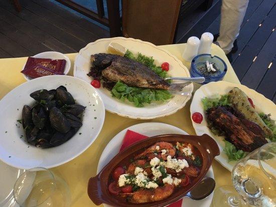 Kaiser Bridge Restaurant: photo1.jpg