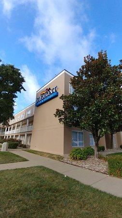 Baymont Inn & Suites Louisville East Aufnahme
