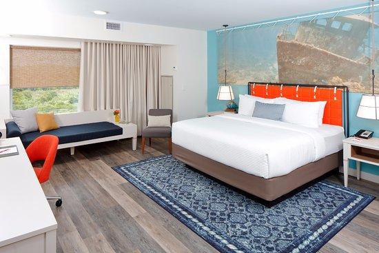 Hotel Indigo Orange Beach Gulf Ss Park View Standard King Guest Room