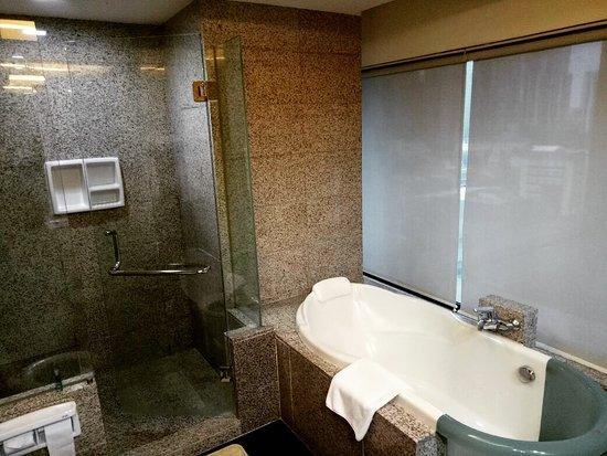Manhattan Hotel: IMG-20170824-WA0014_large.jpg