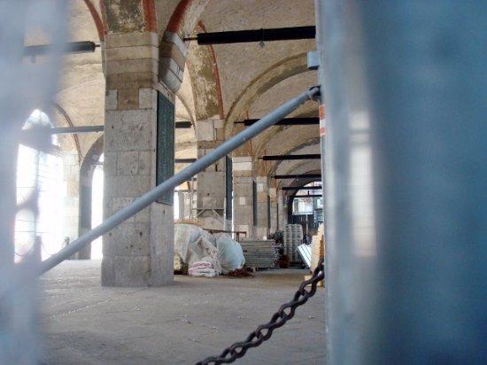 Palazzo della Ragione : Loggia dei Mercanti