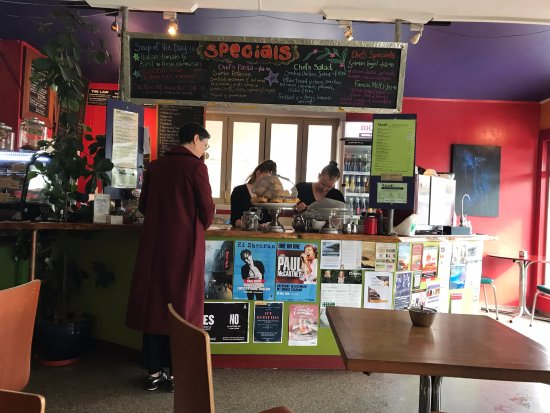Yaza! cafe: il bancone