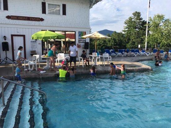 Red Jacket Mountain View Resort & Water Park ($̶1̶8̶3̶ ...