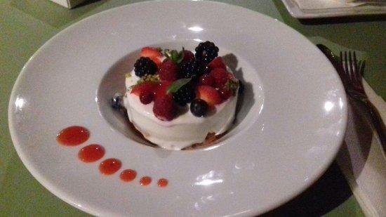La Pasqualina: Cheese cake ai frutti di bosco