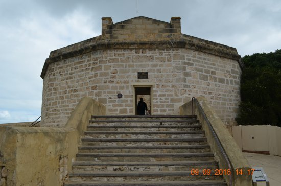 The Fremantle Round House: Steps leading to the roundhouse