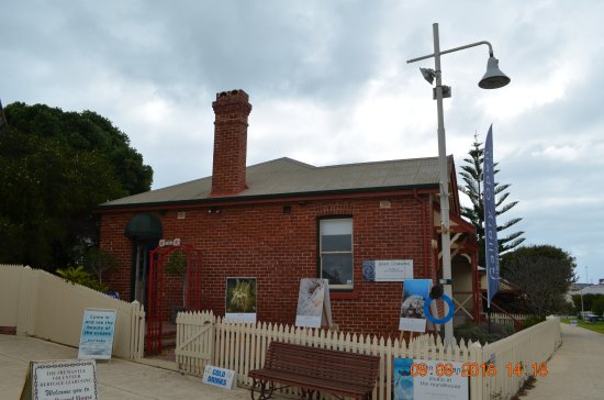 The Fremantle Round House: Vicinity