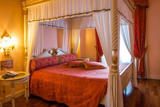 Patriarca Hotel Chiusi Italy