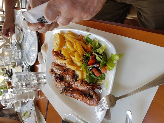 Ampelaki Greek Restaurant: 20170824_152317_large.jpg