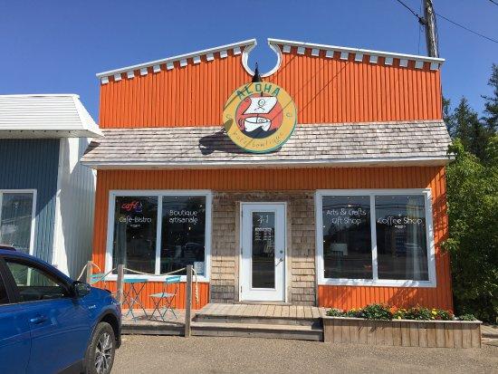 Lameque, Canada: Magnifique endroit pour prendre un café et casser la croute.