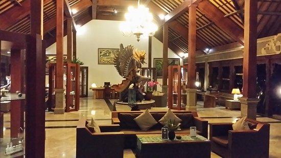 Hotel Ombak Sunset: 20170822_214750_large.jpg
