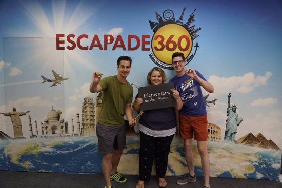 Элгин, Илинойс: Escapade 360 – a great outing for family and friends alike!