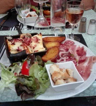 Restaurant Barcelonnette  Decembre