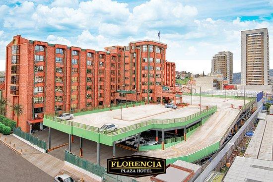 Florencia Plaza Hotel: Estacionamiento Bella Vista