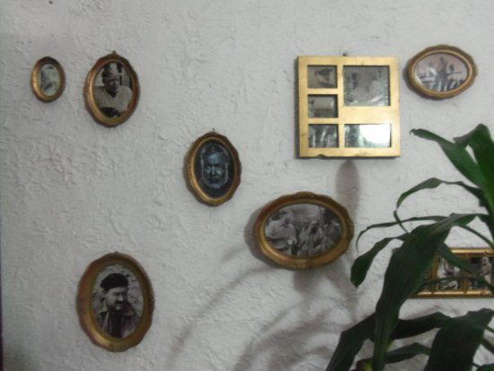 Hemingway Inn: Photos of Hemingway.