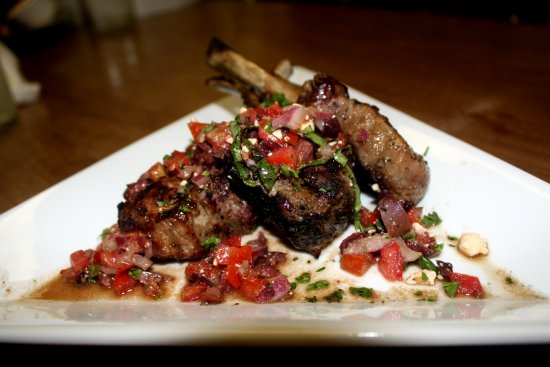 Colts Neck, NJ: Lamb Chops Anyone