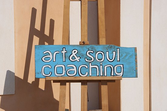 Art & Soul - Coaching with art in Santorini