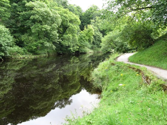 Jerry and Bens Cottages: walk from Hebden to Burnsall