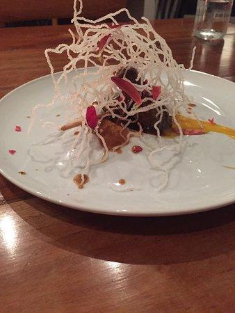Manolo Caracol: Panamanian meat Shish Kabob